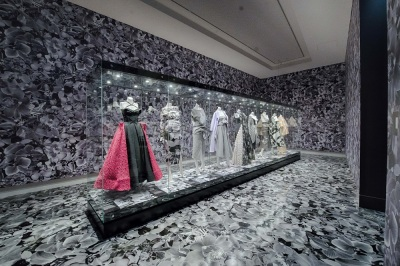 Australian fashion designer Toni Maticevski's work is now on show at the Bendigo Art Gallery.